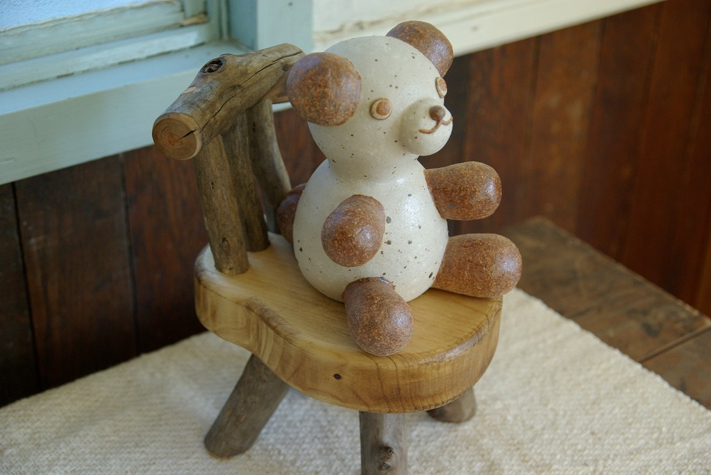 可愛いオーラを放つ椅子♪_a0107184_19511540.jpg