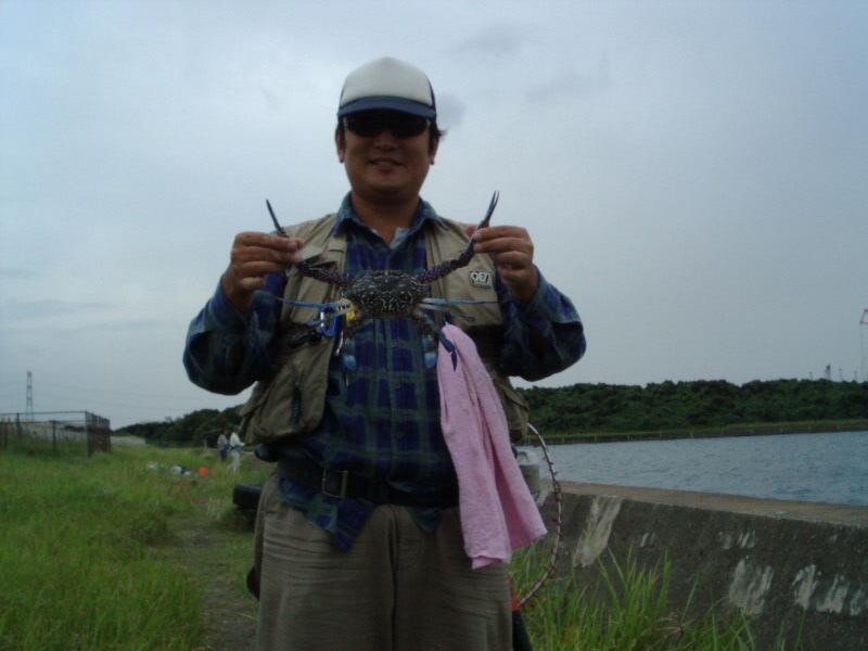 ★RFCチョイ遠征・へチ黒&へチ鯵釣り★_e0147297_0313443.jpg
