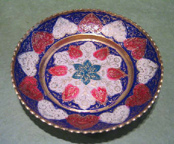 南インドの飾り皿入荷しました。_a0077752_20354326.jpg