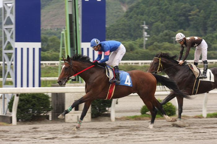 2008年9月28日(日) 高知競馬 3R_a0077663_19274081.jpg