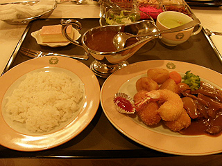 五島軒 レストラン雪河亭_c0025217_1105731.jpg