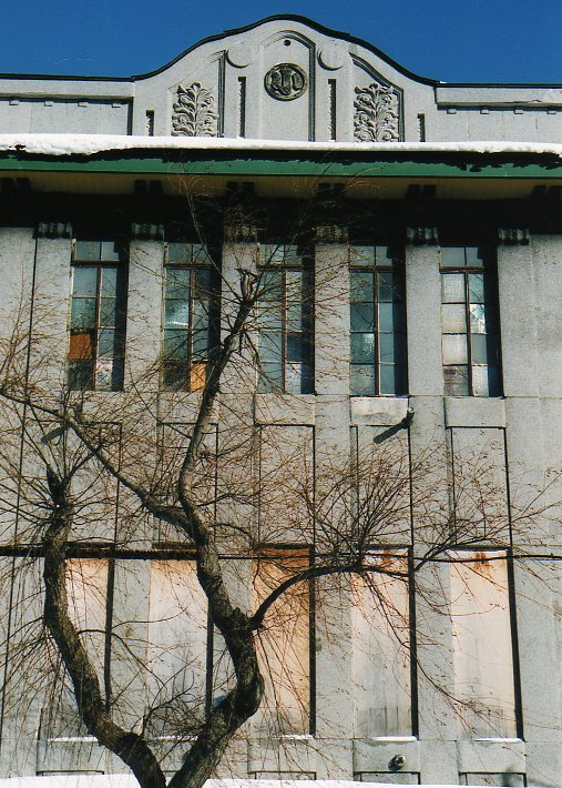函館銀座通り・レトロ建築コレクション(その1、旧ホテル中央荘)_f0142606_22563397.jpg