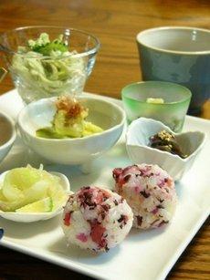 小鉢にいろいろ楽しい☆Café風おつまみゴハン♪_c0139375_1558321.jpg