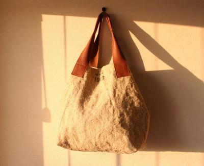 スイス郵便袋のバッグ1_a0102486_21153390.jpg