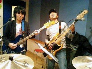 ツインベース・バンド♪ : ブルー...