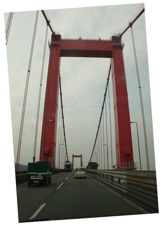 「警官の血」ロケ地  若戸大橋の下  北九州のまちづくり3_a0107574_20111431.jpg