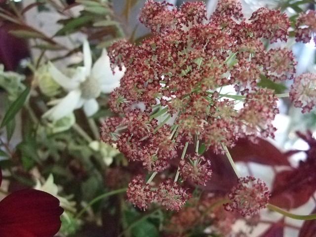 オークリーフ花の教室(長尾さんの作品)_f0049672_13244717.jpg