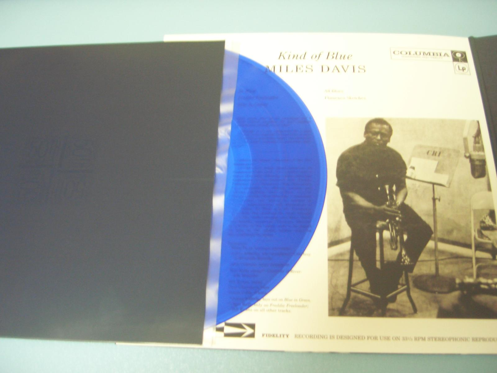 Miles Davis / Kind Of Blue: 50th Anniversary Collector\'s Edition_c0062649_230444.jpg