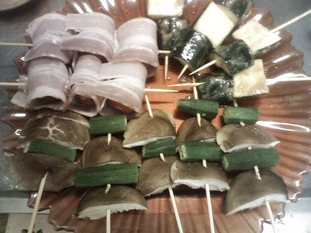 楽しい串焼き大パーティー♪_b0137453_1813266.jpg