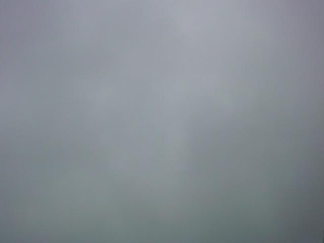 雨…ですねぇ。_e0051174_7472492.jpg