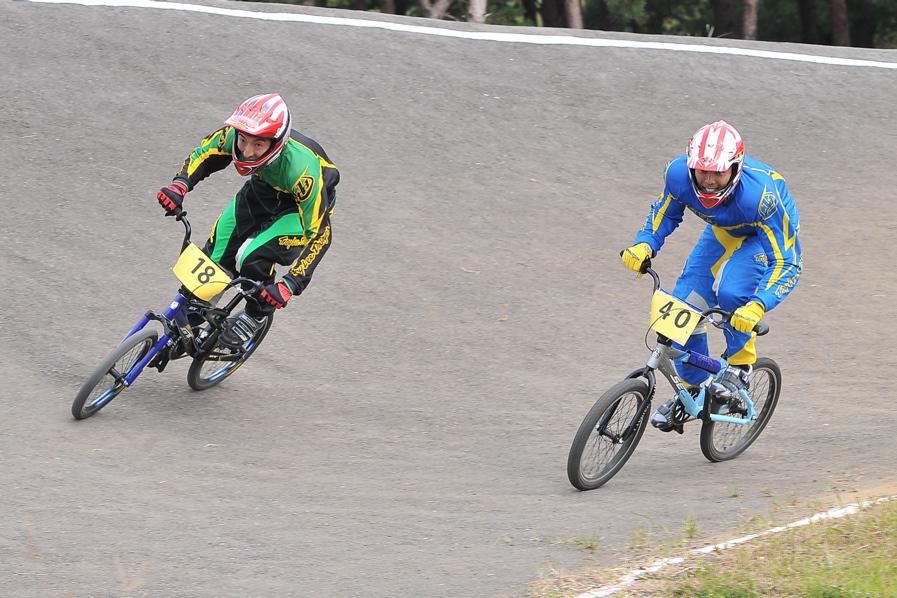 第55回全日本プロ選手権自転車競技大会BMX競技INひたち:全クラスの予選その2_b0065730_6561145.jpg