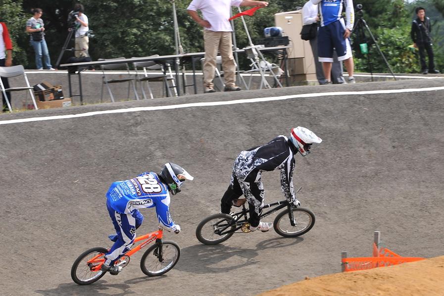 第55回全日本プロ選手権自転車競技大会BMX競技INひたち:全クラスの予選その2_b0065730_701554.jpg