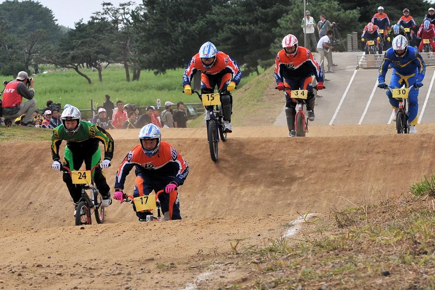 第55回全日本プロ選手権自転車競技大会BMX競技INひたち:全クラスの予選その2_b0065730_702810.jpg