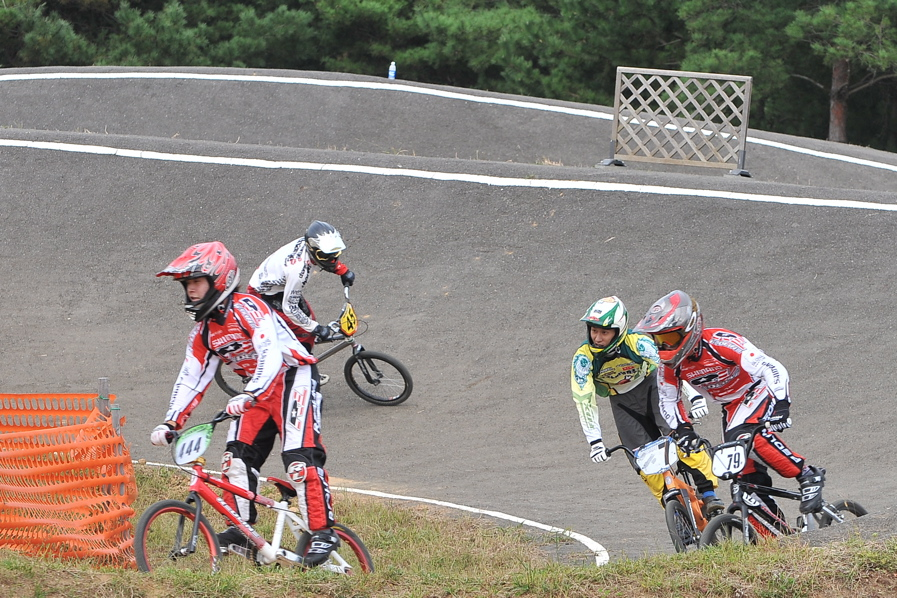 第55回全日本プロ選手権自転車競技大会BMX競技INひたち:全クラスの予選その2_b0065730_7105992.jpg