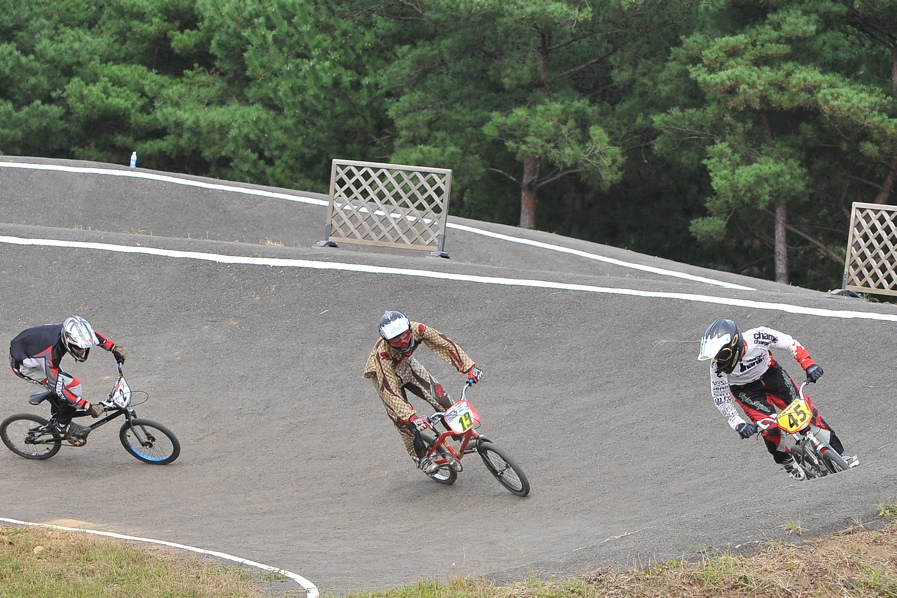 第55回全日本プロ選手権自転車競技大会BMX競技INひたち:全クラスの予選その2_b0065730_7111689.jpg