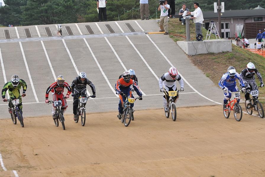 第55回全日本プロ選手権自転車競技大会BMX競技INひたち:全クラスの予選その2_b0065730_7114941.jpg