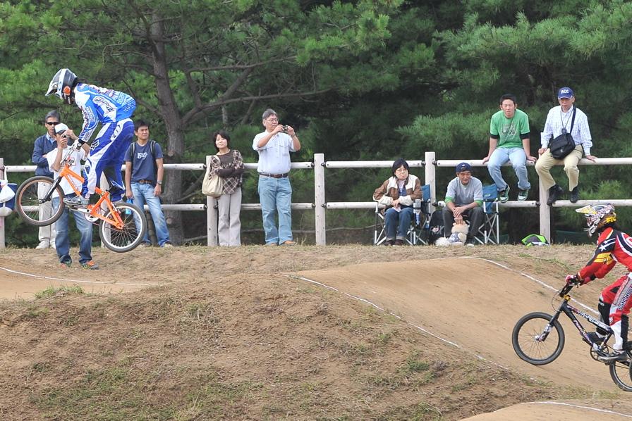 第55回全日本プロ選手権自転車競技大会BMX競技INひたち:全クラスの予選その2_b0065730_7131412.jpg