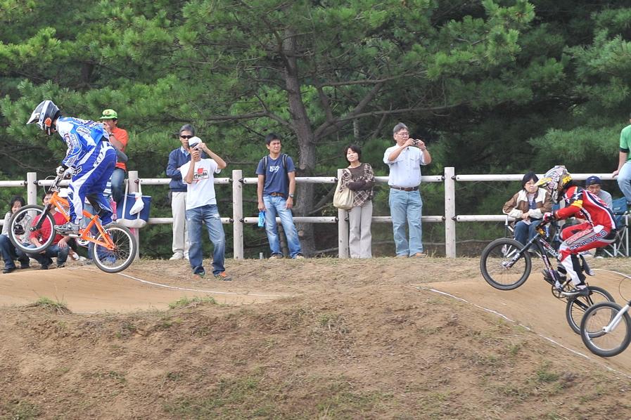 第55回全日本プロ選手権自転車競技大会BMX競技INひたち:全クラスの予選その2_b0065730_7132796.jpg