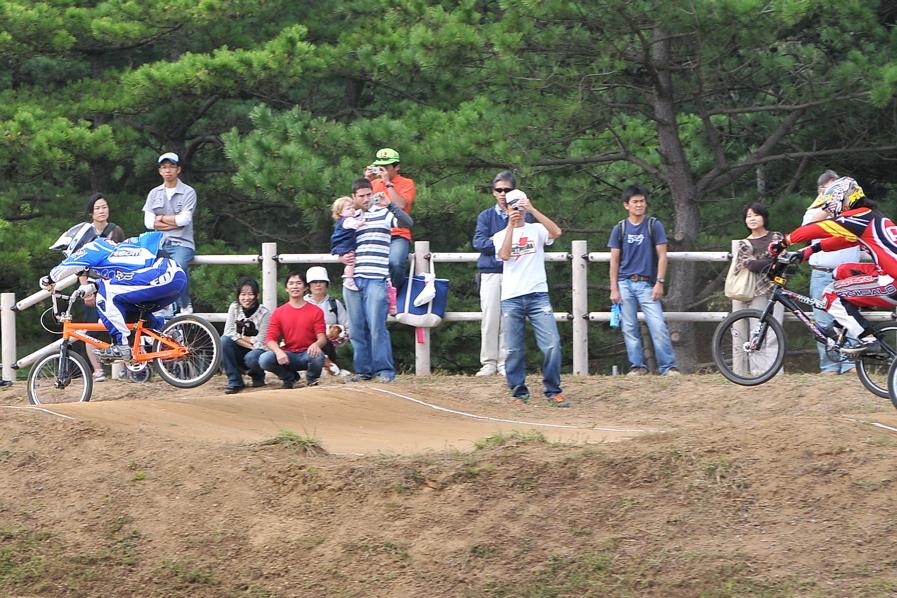 第55回全日本プロ選手権自転車競技大会BMX競技INひたち:全クラスの予選その2_b0065730_7134334.jpg