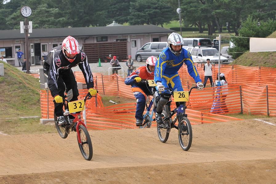 第55回全日本プロ選手権自転車競技大会BMX競技INひたち:全クラスの予選その2_b0065730_714658.jpg