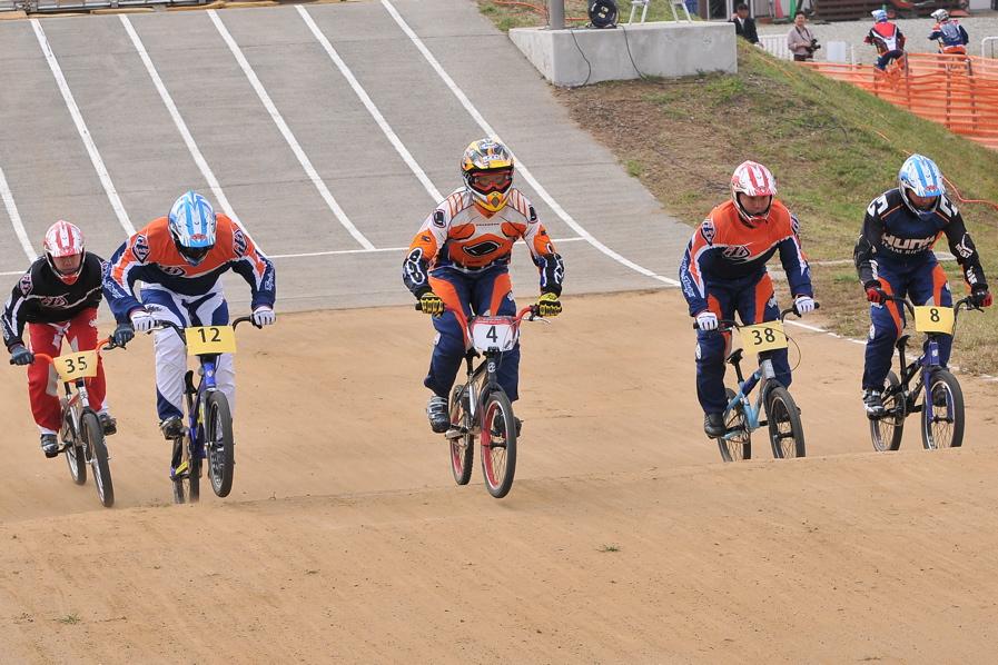 第55回全日本プロ選手権自転車競技大会BMX競技INひたち:全クラスの予選その2_b0065730_75467.jpg