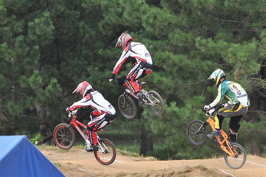 第55回全日本プロ選手権自転車競技大会BMX競技INひたち:全クラスの予選その2_b0065730_795115.jpg