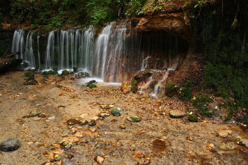 軽井沢への小旅行 <9> 白糸の滝 2008年9月28日_e0143883_17173274.jpg