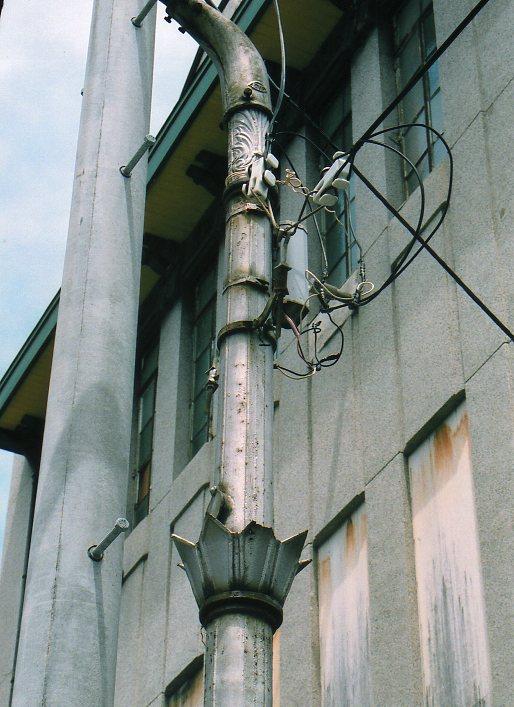 函館銀座通り・レトロ建築コレクション(その5、銀座の街灯)_f0142606_2305391.jpg