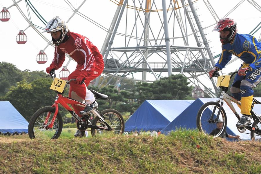 第55回全日本プロ選手権自転車競技大会BMX競技INひたち:全プロクラス準々決勝〜準決勝_b0065730_71641.jpg