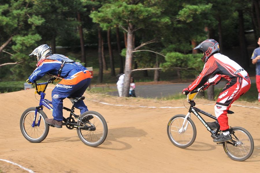第55回全日本プロ選手権自転車競技大会BMX競技INひたち:全プロクラス準々決勝〜準決勝_b0065730_751754.jpg