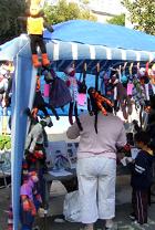 靴下のお猿がシンボル Fresh Art_b0007805_22565214.jpg
