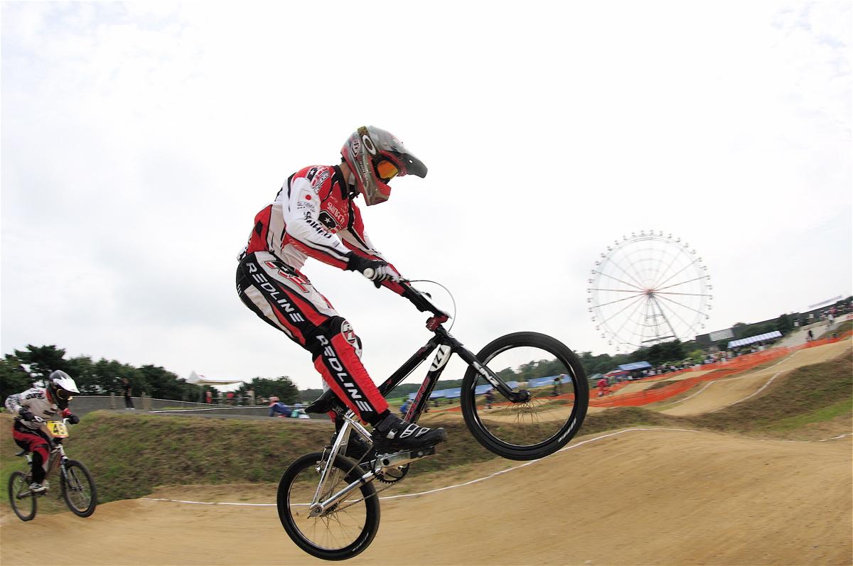 第55回全日本プロ選手権自転車競技大会BMX競技INひたち:公式練習の風景_b0065730_2212695.jpg