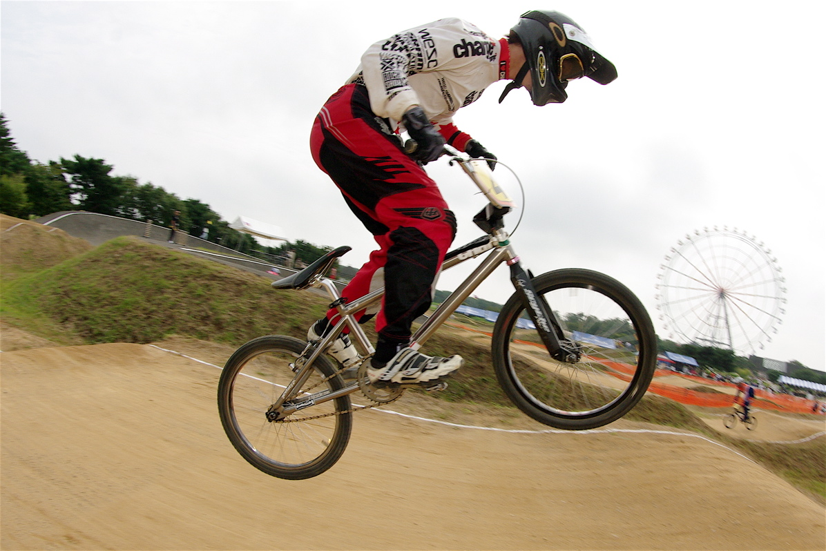 第55回全日本プロ選手権自転車競技大会BMX競技INひたち:公式練習の風景_b0065730_2223190.jpg