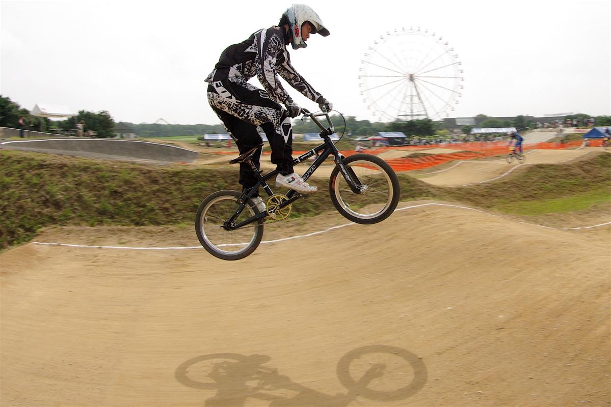 第55回全日本プロ選手権自転車競技大会BMX競技INひたち:公式練習の風景_b0065730_2233824.jpg