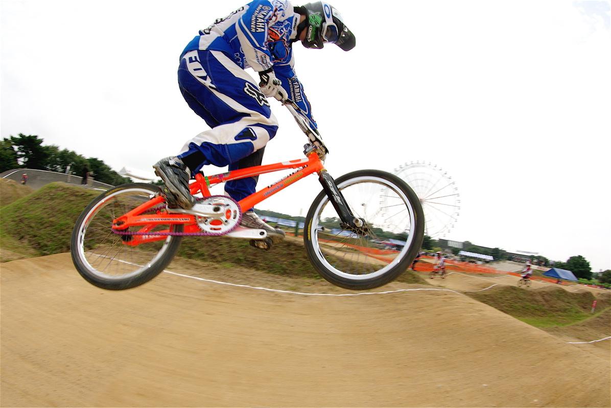 第55回全日本プロ選手権自転車競技大会BMX競技INひたち:公式練習の風景_b0065730_223528.jpg