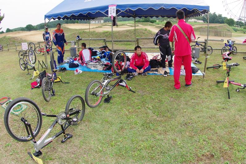 第55回全日本プロ選手権自転車競技大会BMX競技INひたち:最終回コース外の風景_b0065730_23135719.jpg