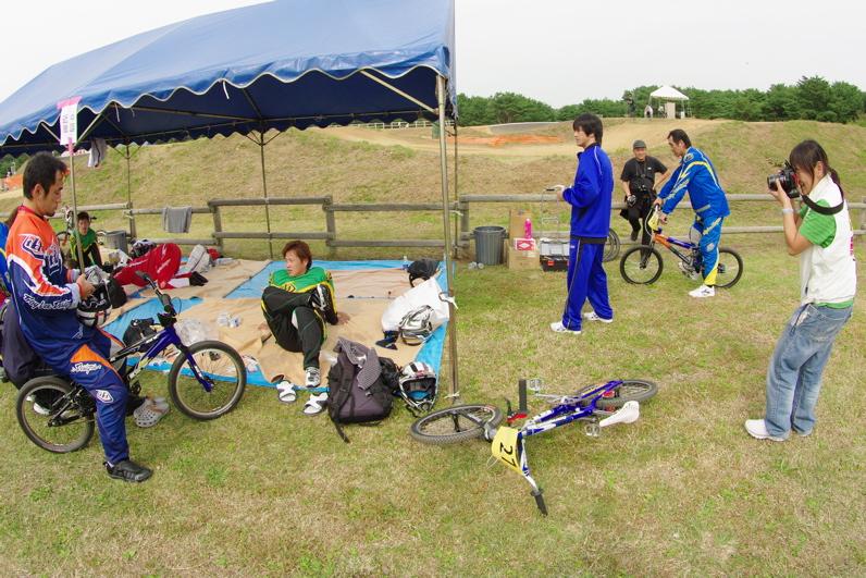 第55回全日本プロ選手権自転車競技大会BMX競技INひたち:最終回コース外の風景_b0065730_23151427.jpg