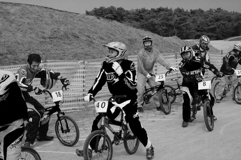 第55回全日本プロ選手権自転車競技大会BMX競技INひたち:最終回コース外の風景_b0065730_2324693.jpg