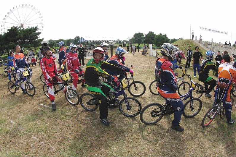 第55回全日本プロ選手権自転車競技大会BMX競技INひたち:最終回コース外の風景_b0065730_23331779.jpg