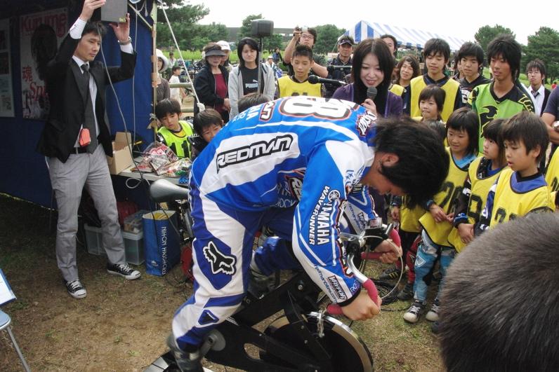 第55回全日本プロ選手権自転車競技大会BMX競技INひたち:最終回コース外の風景_b0065730_23345891.jpg