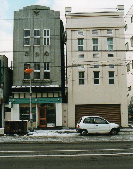 函館銀座通り・レトロ建築コレクション(その6、銀座の天満つ蕎麦店)_f0142606_223903.jpg