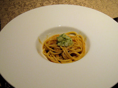パスタ(ボルチーニと帆立のトマトパスタ)