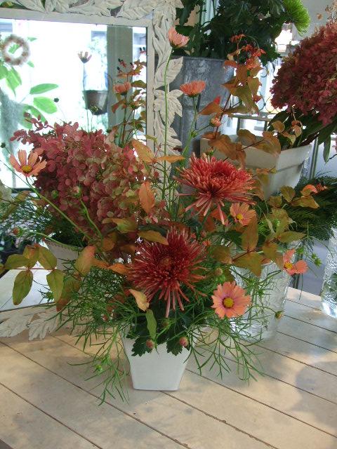 オークリーフ花の教室(山田さんの作品)_f0049672_14433476.jpg