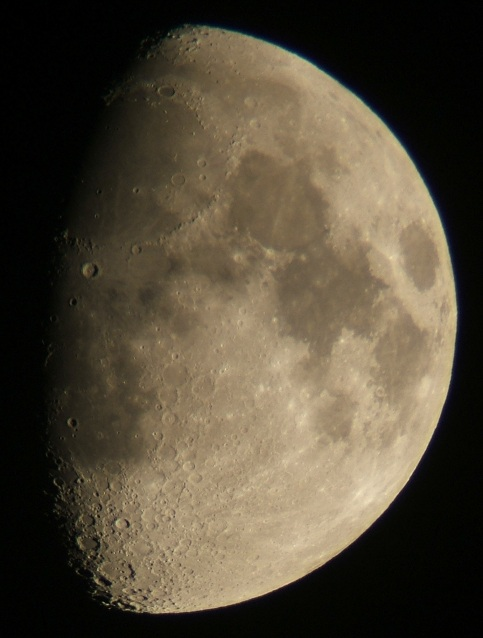 2008年10月9日の月(月齢9.8)_e0089232_34162.jpg