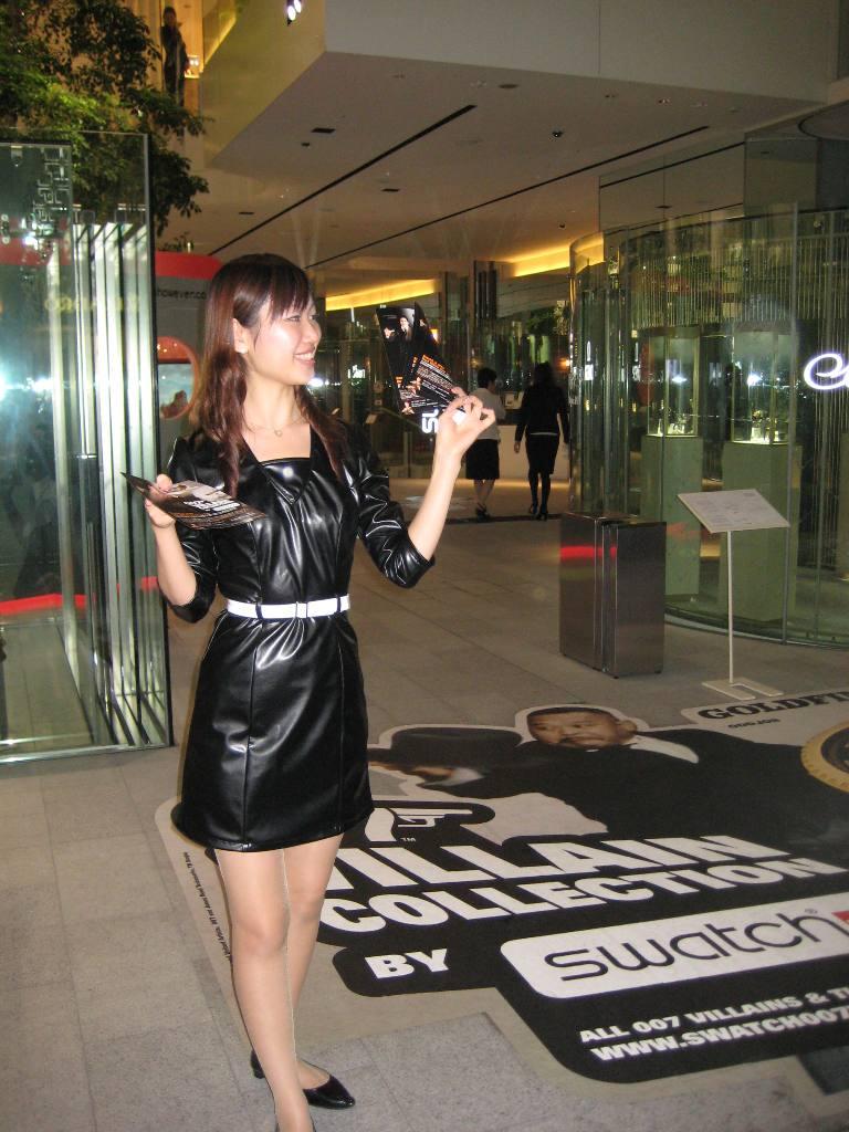 MTV:スウォッチ「007」投稿動画コンテスト_f0039351_20375013.jpg
