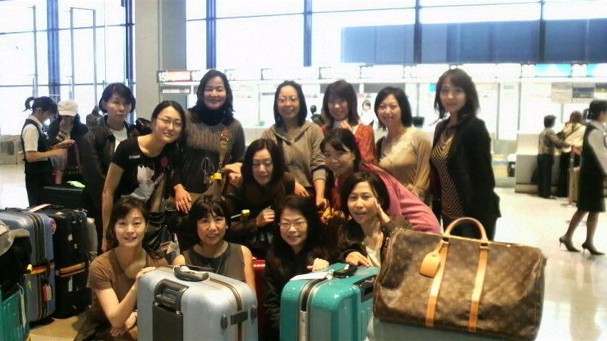 departure_a0043319_14623100.jpg