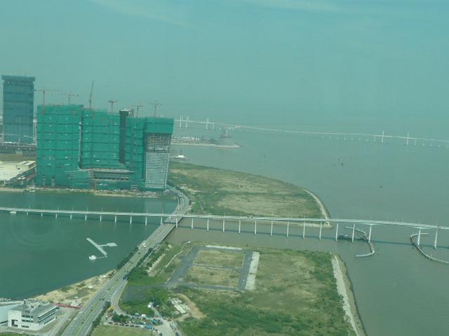 香港・マカオで一番高い展望台に登りました♪_f0099147_8173969.jpg