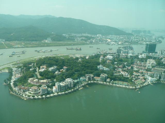 香港・マカオで一番高い展望台に登りました♪_f0099147_8181971.jpg