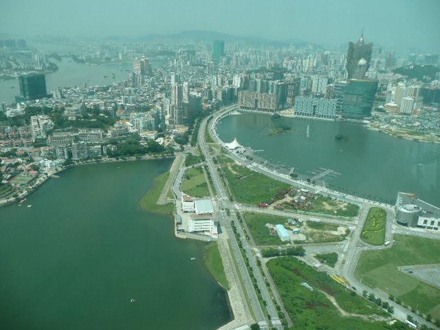 香港・マカオで一番高い展望台に登りました♪_f0099147_8183262.jpg