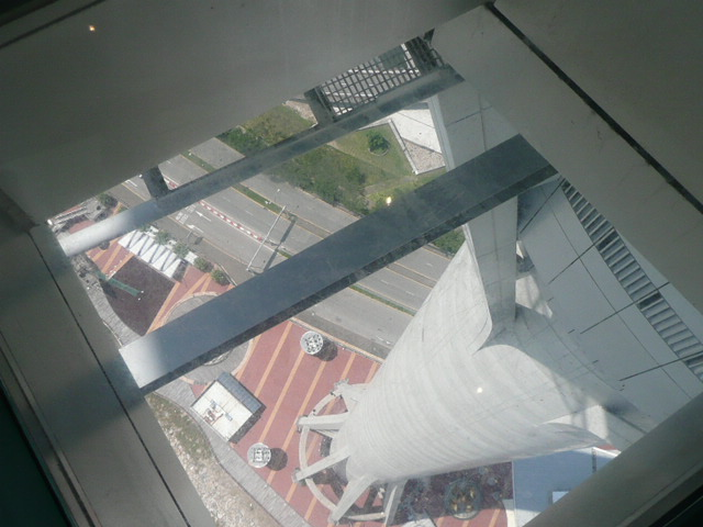 香港・マカオで一番高い展望台に登りました♪_f0099147_8195133.jpg